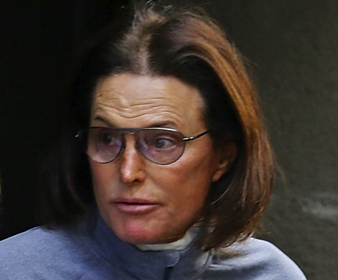 "Bruce Jenner Comes Out, says ""I am a Woman"""